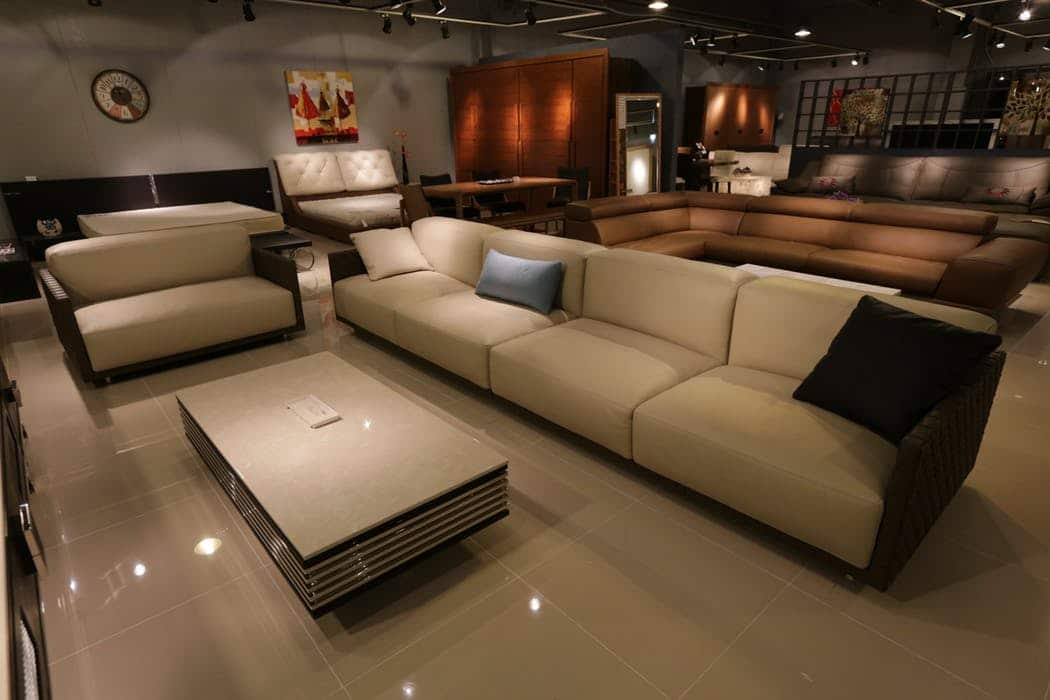 furniture store displays fixtures